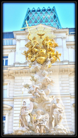 Ornate statue, Vienna.