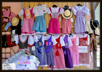 Children's traditional clothing for sale Passau Germany